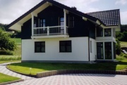 Wagner holz treppenbau gmbh arbeitsbeispiele for Mini wohnhaus